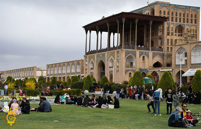 طراحی سایت شرکتی در استان اصفهان گلزاروب