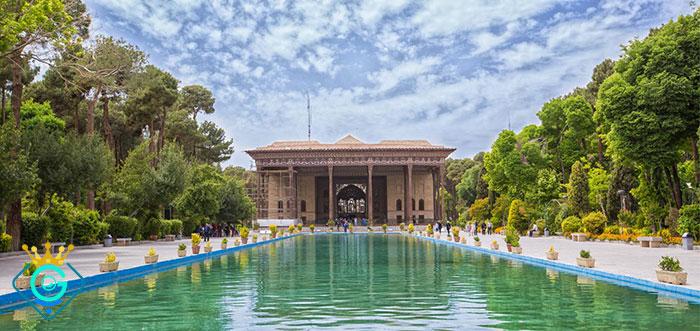 طراحی سایت شرکتی اصفهان - گلزاروب
