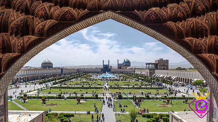 طراحی سایت فروشگاهی اصفهان توسط شرکت طراحی سایت گلزاروب